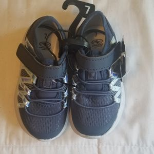 NWT Athletic Works Shoes Size 7